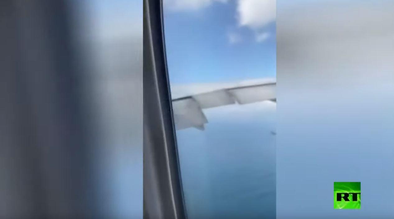 من داخل طائرة.. لحظة اشتعال المحرك الأيمن