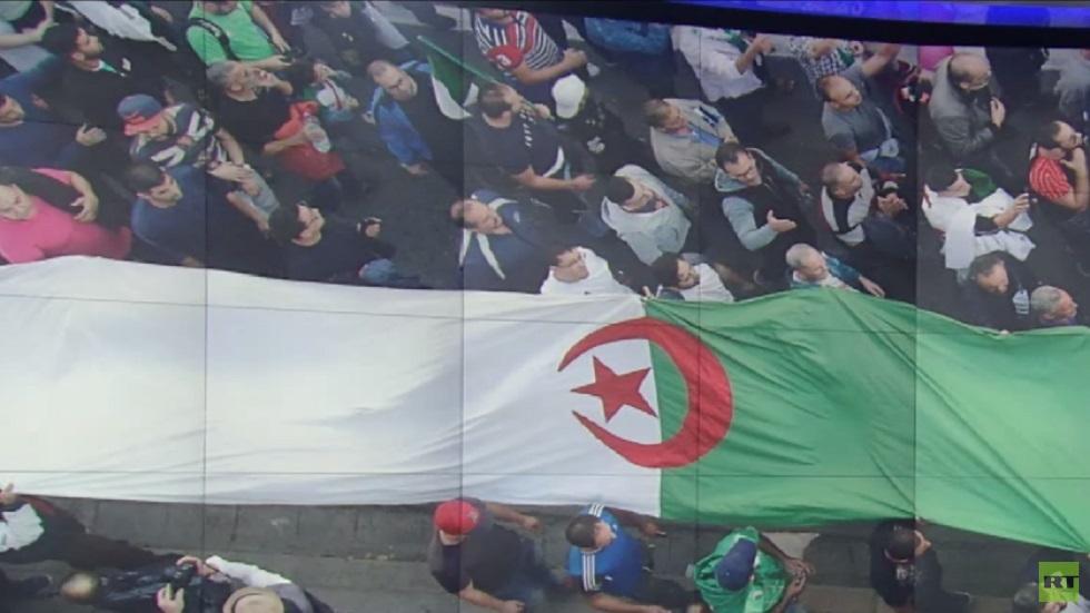 مظاهرات حاشدة في الجزائر لرفض الانتخابات