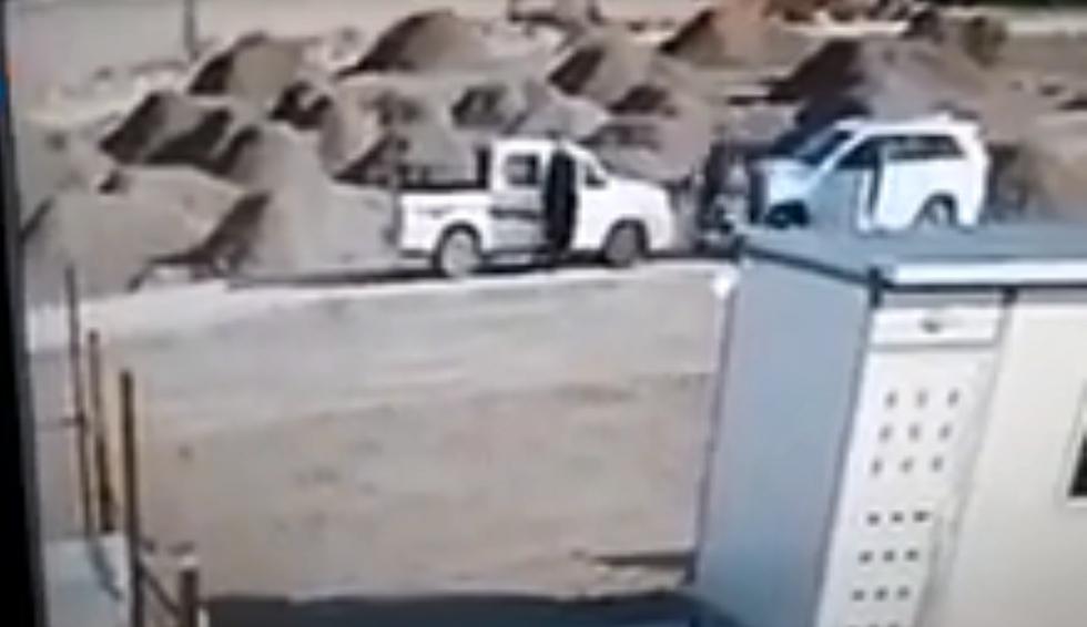 العراق.. لحظة اغتيال الشيخ عامر المرشدي أمام نجله (فيديو)