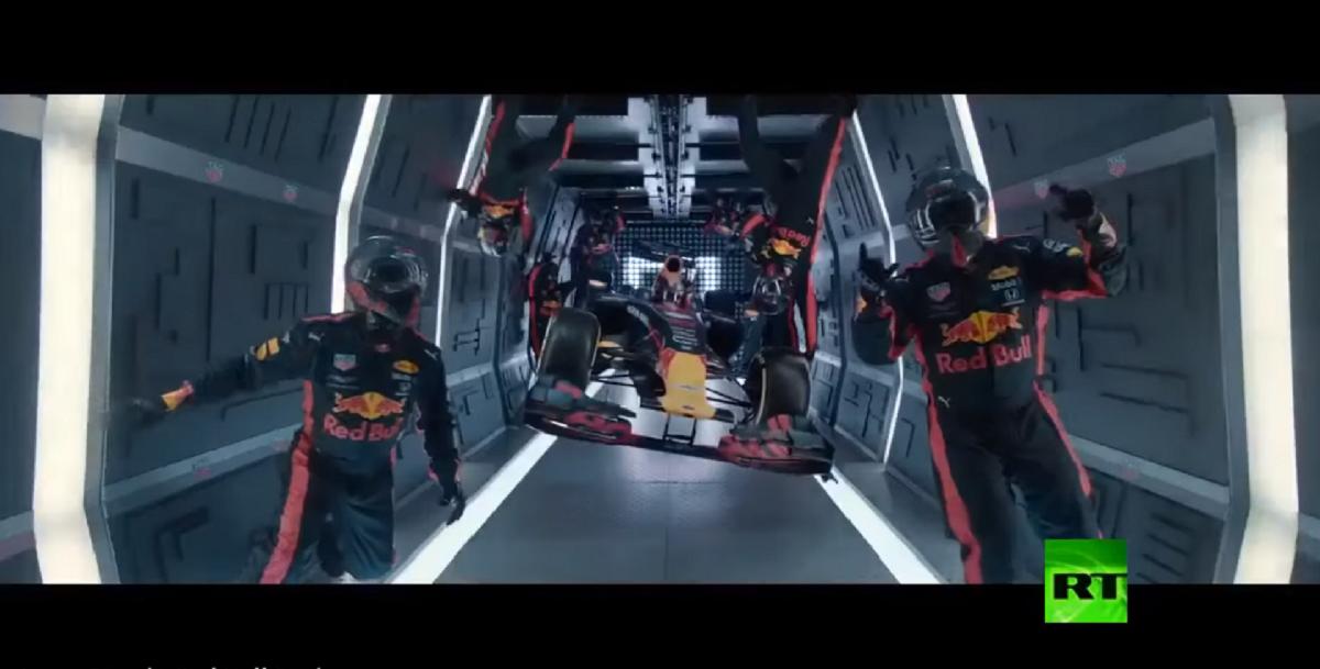 فريق ريد بول للفورمولا 1 يحطم رقمه القياسي في فضاء روسيا
