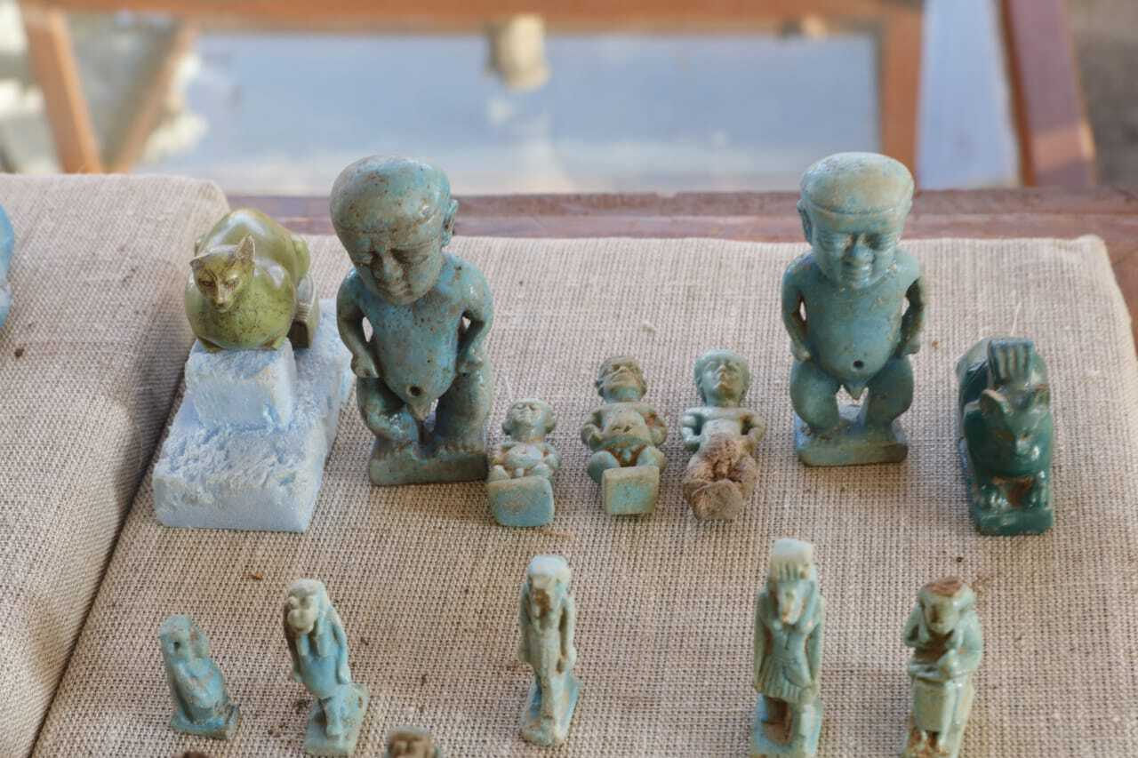 مصر تبلغ سفراء 40 بلدا عن اكتشاف أثري