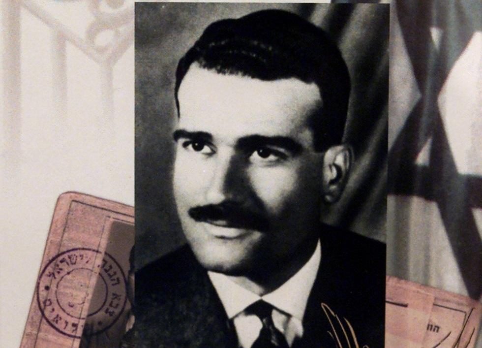 موقع: نجل رئيس سوري سابق حاول المساعدة في تحديد مكان جثة الجاسوس إيلي كوهين