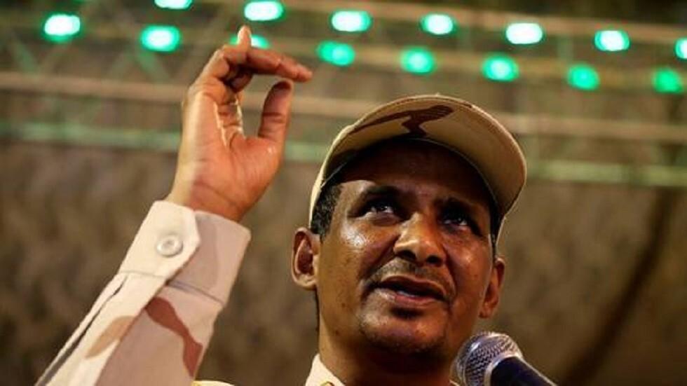 النائب الأول لرئيس مجلس السيادة الانتقالي السوداني الفريق أول محمد حمدان دقلو