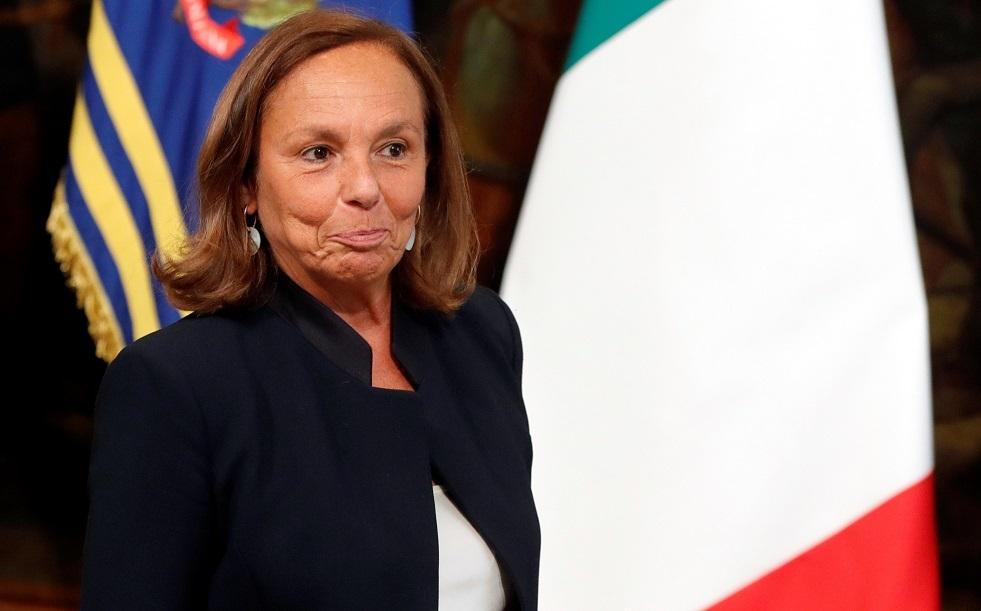 وزيرة الداخلية الإيطالية لوتشانا لامورجيزي