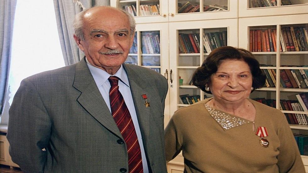 غوار فارتانيان  و زوجها غيفورك
