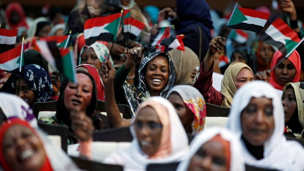 الحكومة السودانية تلغي قانونا ينتهك حقوق النساء