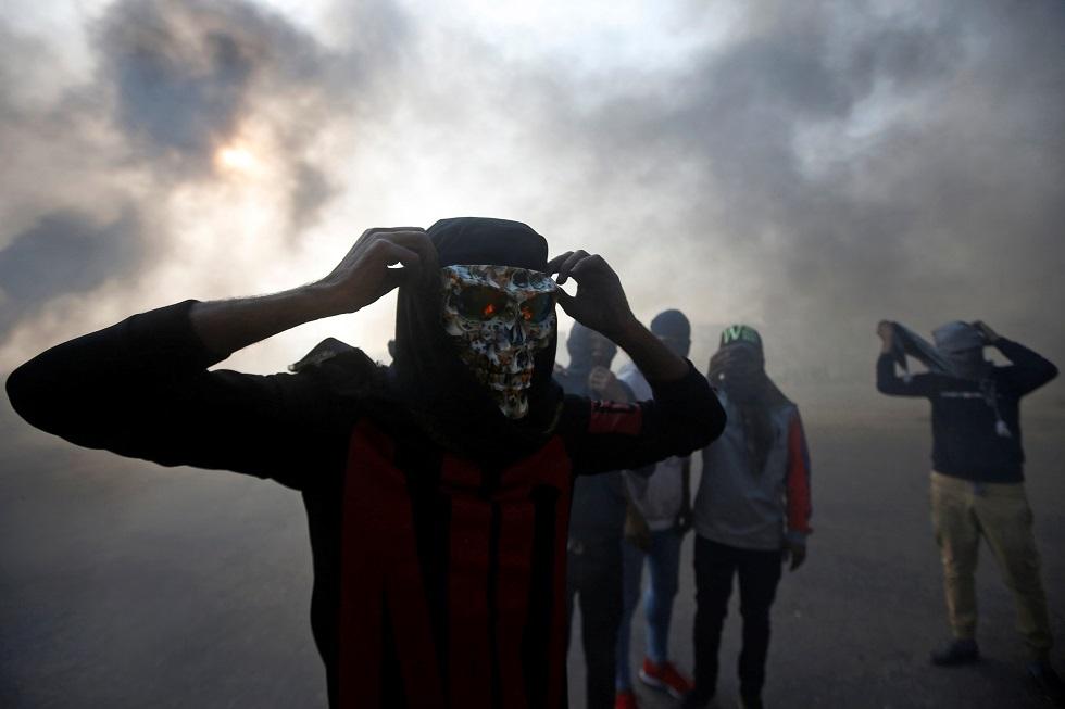 محتجون في البصرة - أرشيف -
