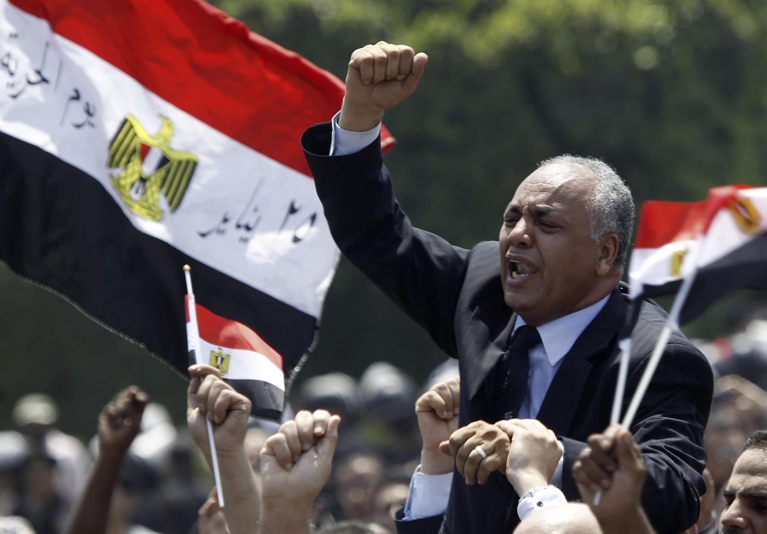 برلماني مصري: انتقادات بومبيو للقاهرة بشأن ملف حقوق الإنسان مقدمة لمعاقبتها بسبب السوخوي