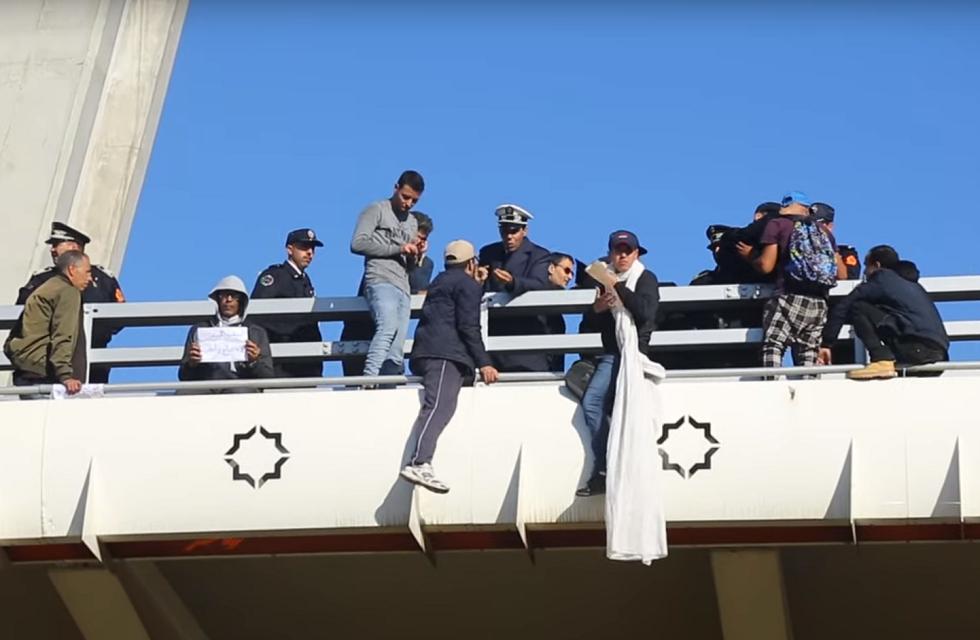 المغرب.. محاولة انتحار جماعية في الدار البيضاء (فيديو)