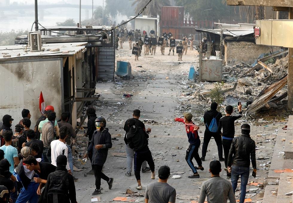 مراسلنا: إصابة مسؤول أمني بعد تجدد الصدامات في محافظة ذي قار العراقية