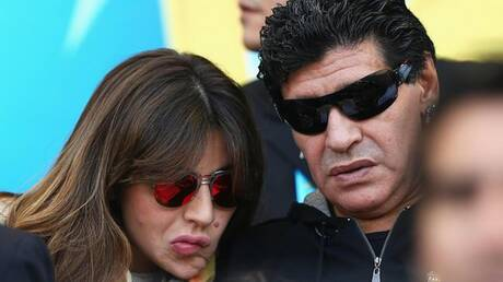 مارادونا يصعد الخلاف ويوجه رسالة حادة لابنته