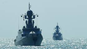 روسيا تحتفل بأسطول بحر قزوين (فيديو)