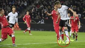 شاهد.. مدافع ألماني يسجل هدفا بالكعب