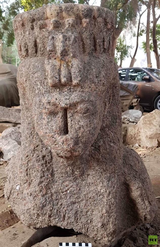 مصر.. اكتشاف جدار أثري وأجزاء من تماثيل ملكية تعود لعصر الدولة الفرعونية الحديثة (صور)