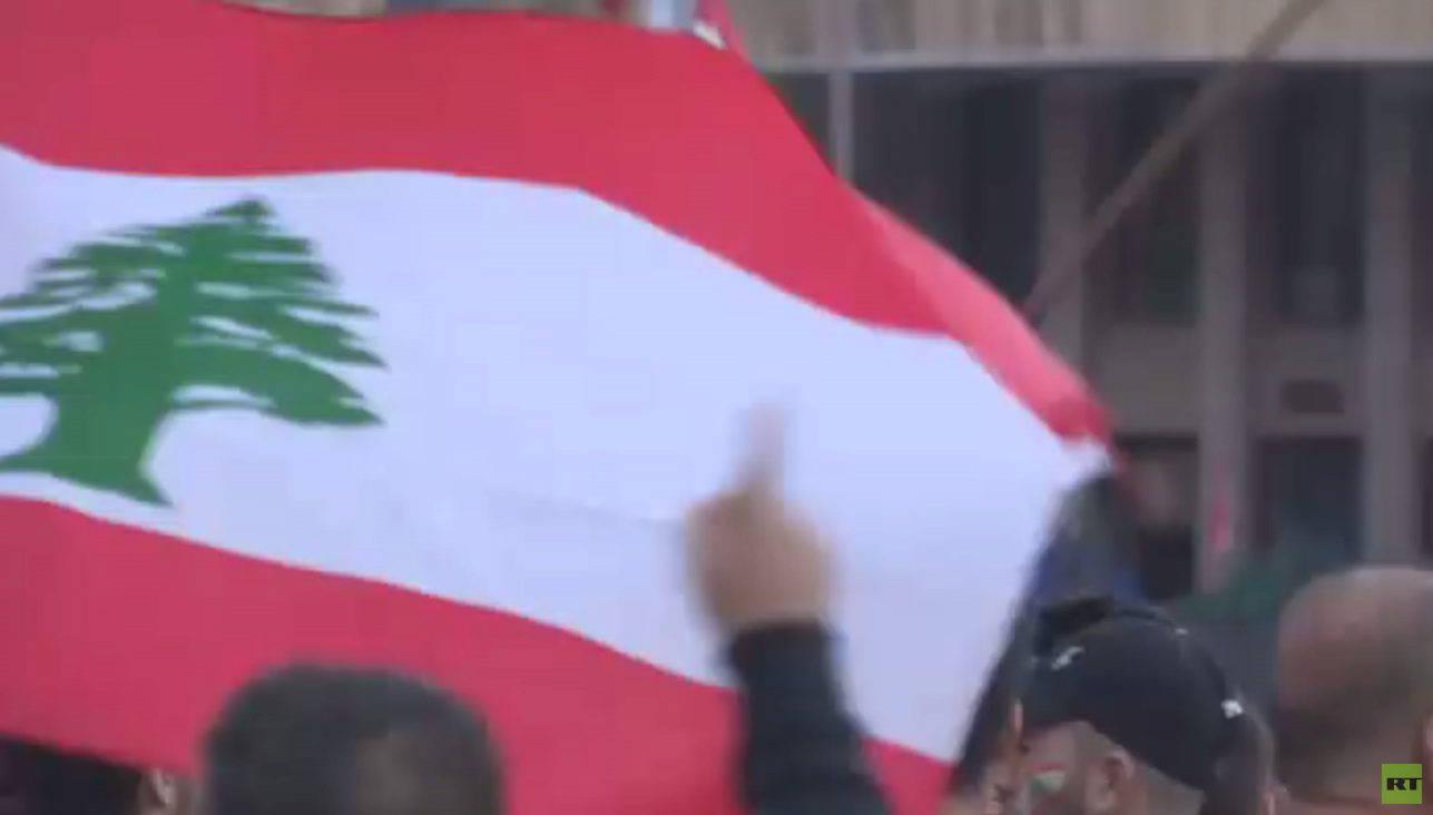حزب الله يتمسك بالحريري