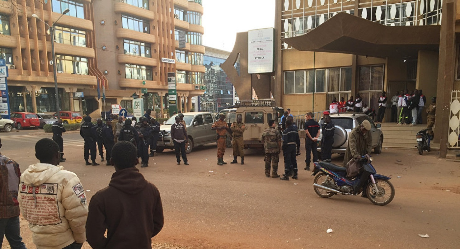 مقتل 14 شخصا في هجوم مسلح استهدف كنيسة في بوركينا فاسو