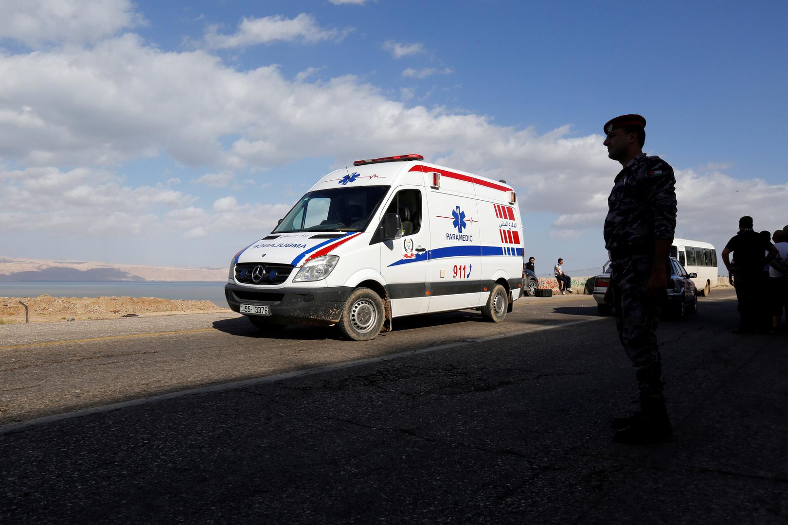 مقتل 13 باكستانيا بينهم 8 أطفال في الأردن جراء حادث مأساوي