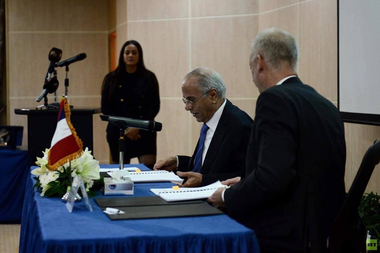 مصر.. الاستعداد لتصنيع قمر صناعي جديد يواجه عمليات التشويش ويوجه لحقول شرق المتوسط