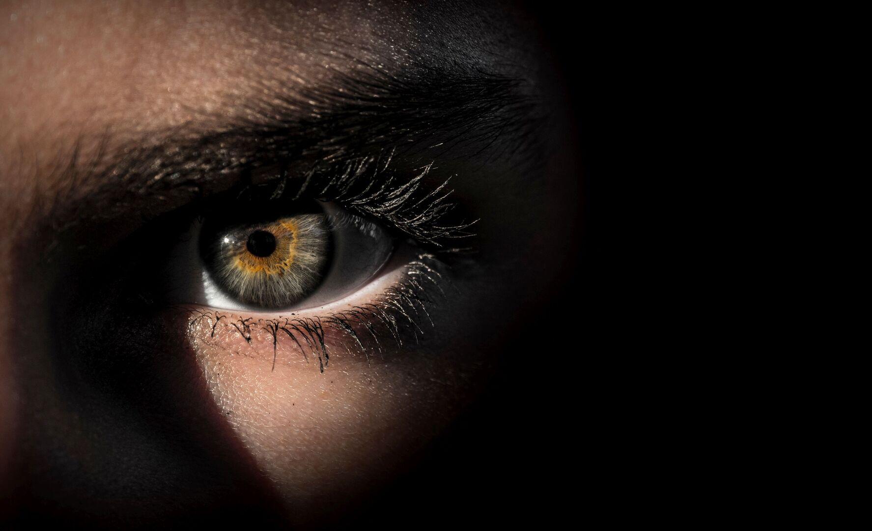 علامة في العين قد تكشف احتمال الإصابة بسرطان فتاك!