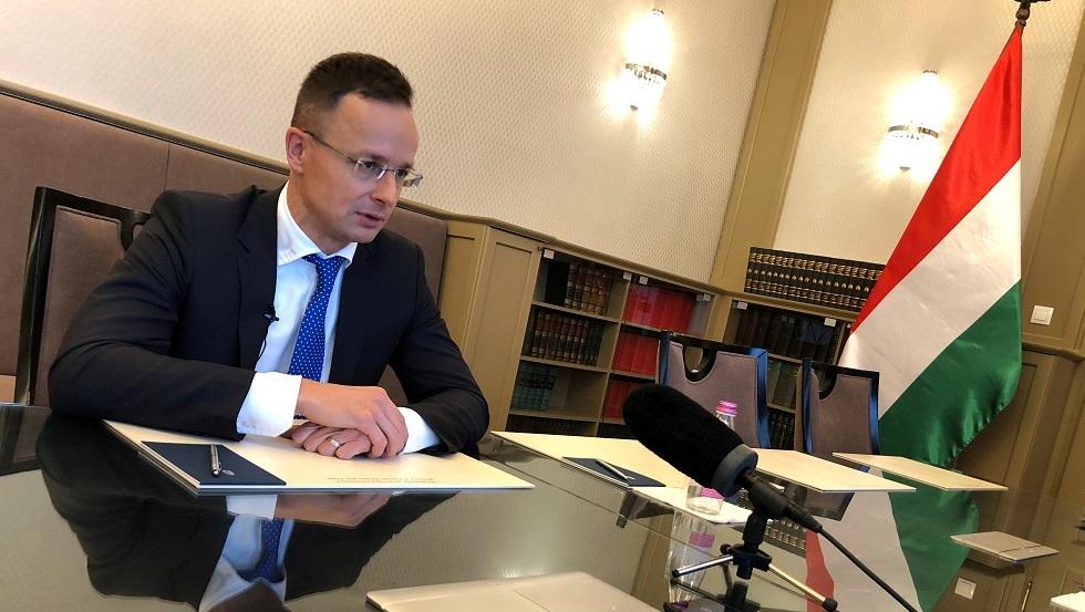 هنغاريا: سنمنع أوكرانيا من الانضمام إلى الناتو
