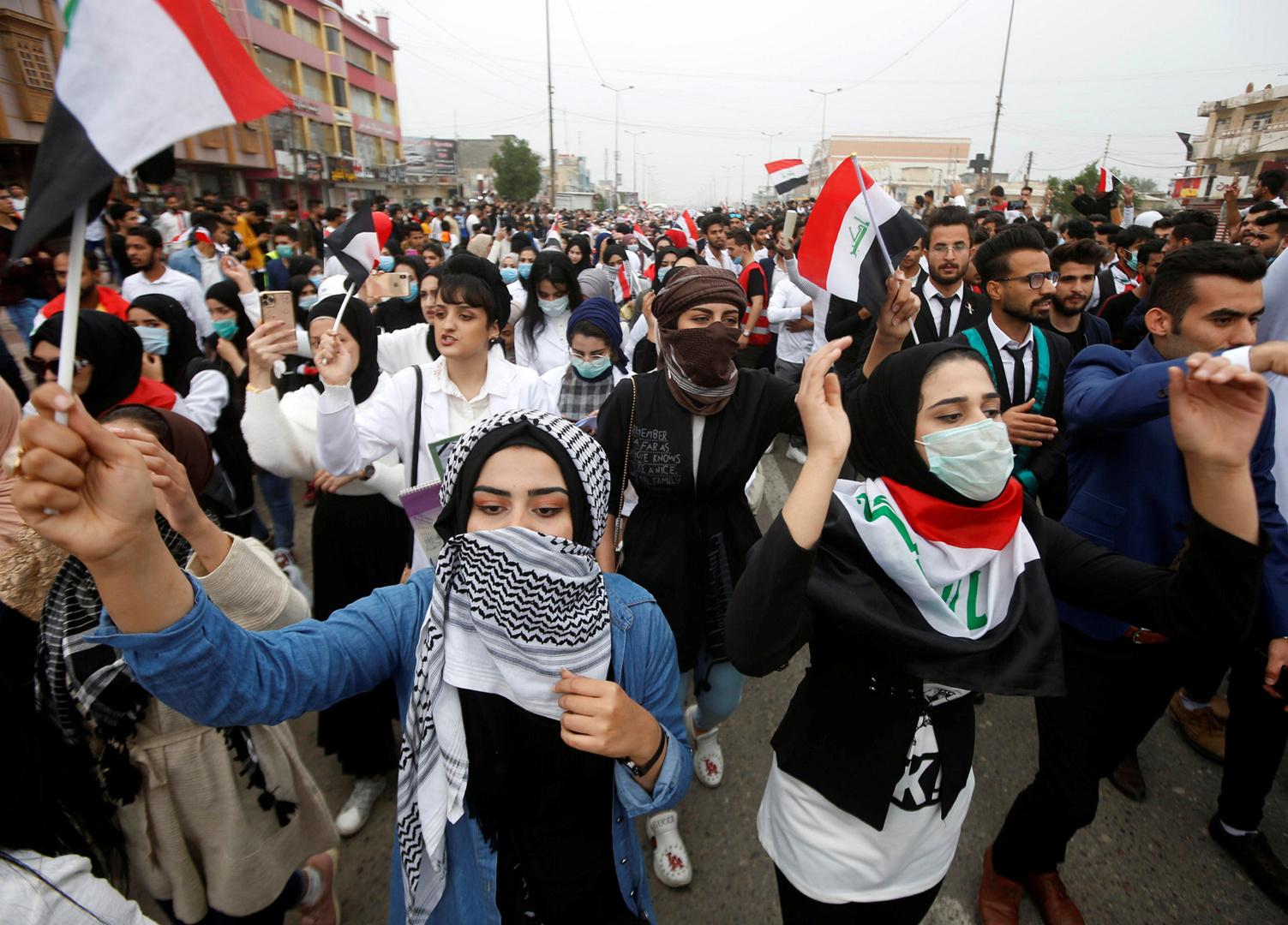 مظاهرة طلابية مناهضة للحكومة في مدينة البصرة العراقية