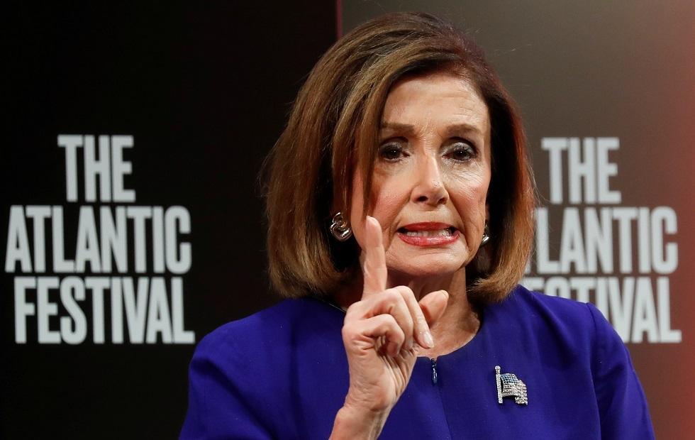بيلوسي: أمرت مجلس النواب بصياغة مواد خاصة بعزل ترامب
