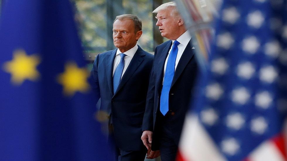 رئيس المجلس الأوروبي السابق دونالد توسك  والرئيس الأمريكي دونالد ترامب (صورة أرشيفية)