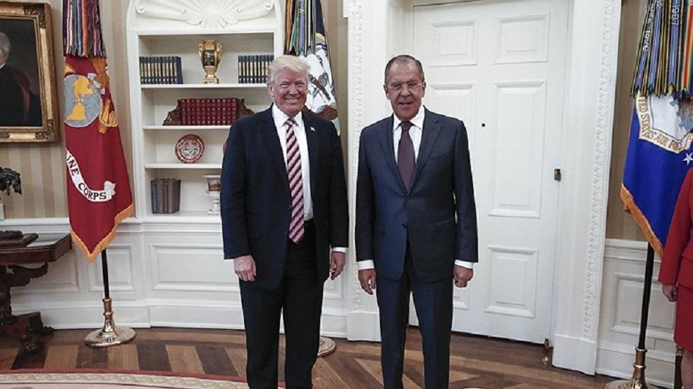 وزير الخارجية الروسي سيرغي لافروف والرئيس االأمريكي دونالد ترامب في البيت الأبيض في مايو 2017