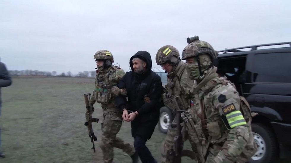 اعتقال مواطن روسي بتهمة تمويل الإرهابيين في سوريا