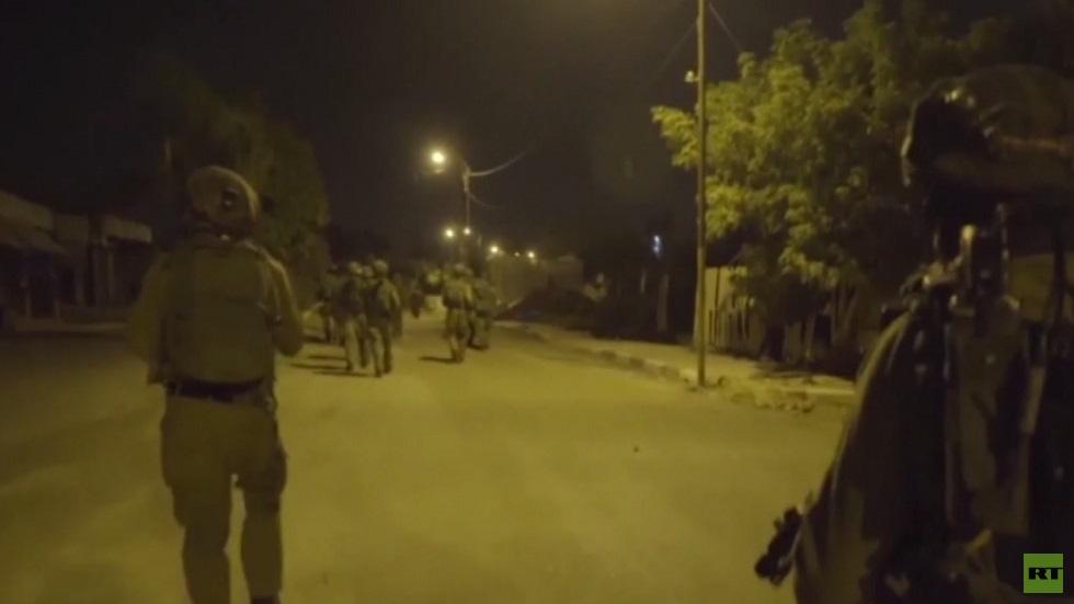 الجيش الإسرائيلي يشن حملة اعتقالات بالضفة