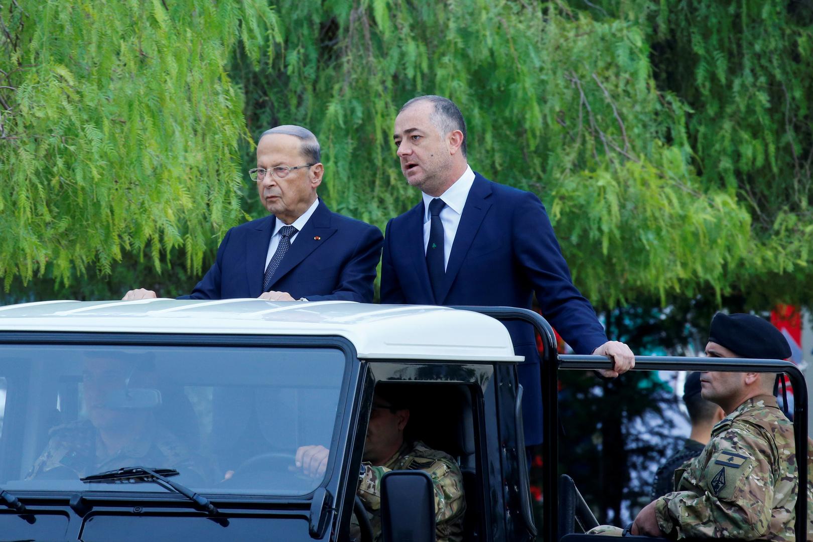 بوصعب برفقة رئيس الجمهورية خلال احتفال الاستقلال
