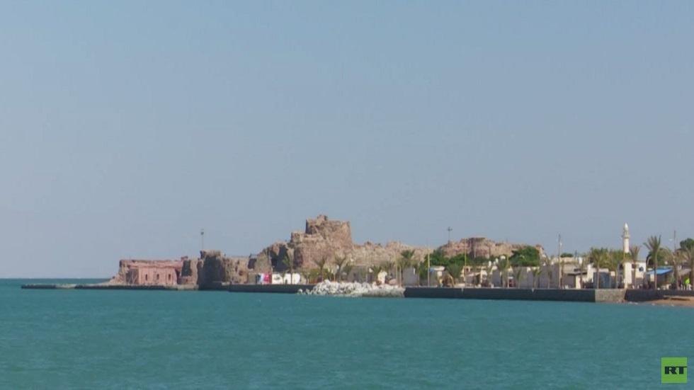 جزيرة هرمز.. أهمية استراتيجية ووجهة سياحية