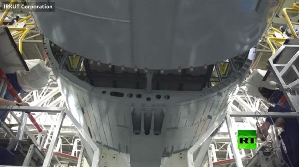 فيديو لتجميع طائرة القرن الحادي والعشرين الروسية