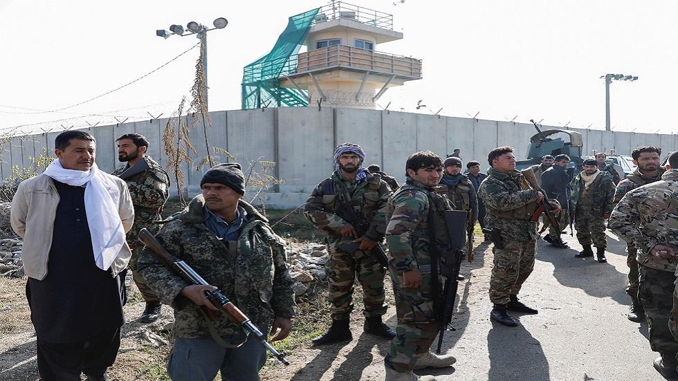تفجير انتحاري قرب أكبر قاعدة أمريكية في أفغانستان