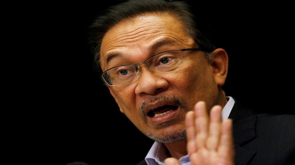 السياسي الماليزي أنور إبراهيم
