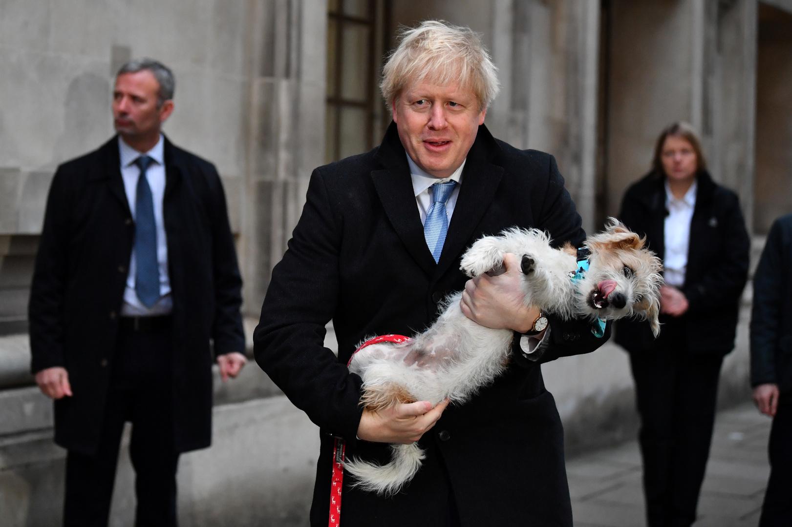 بريطانيا تجري انتخابات ستقرر مصير