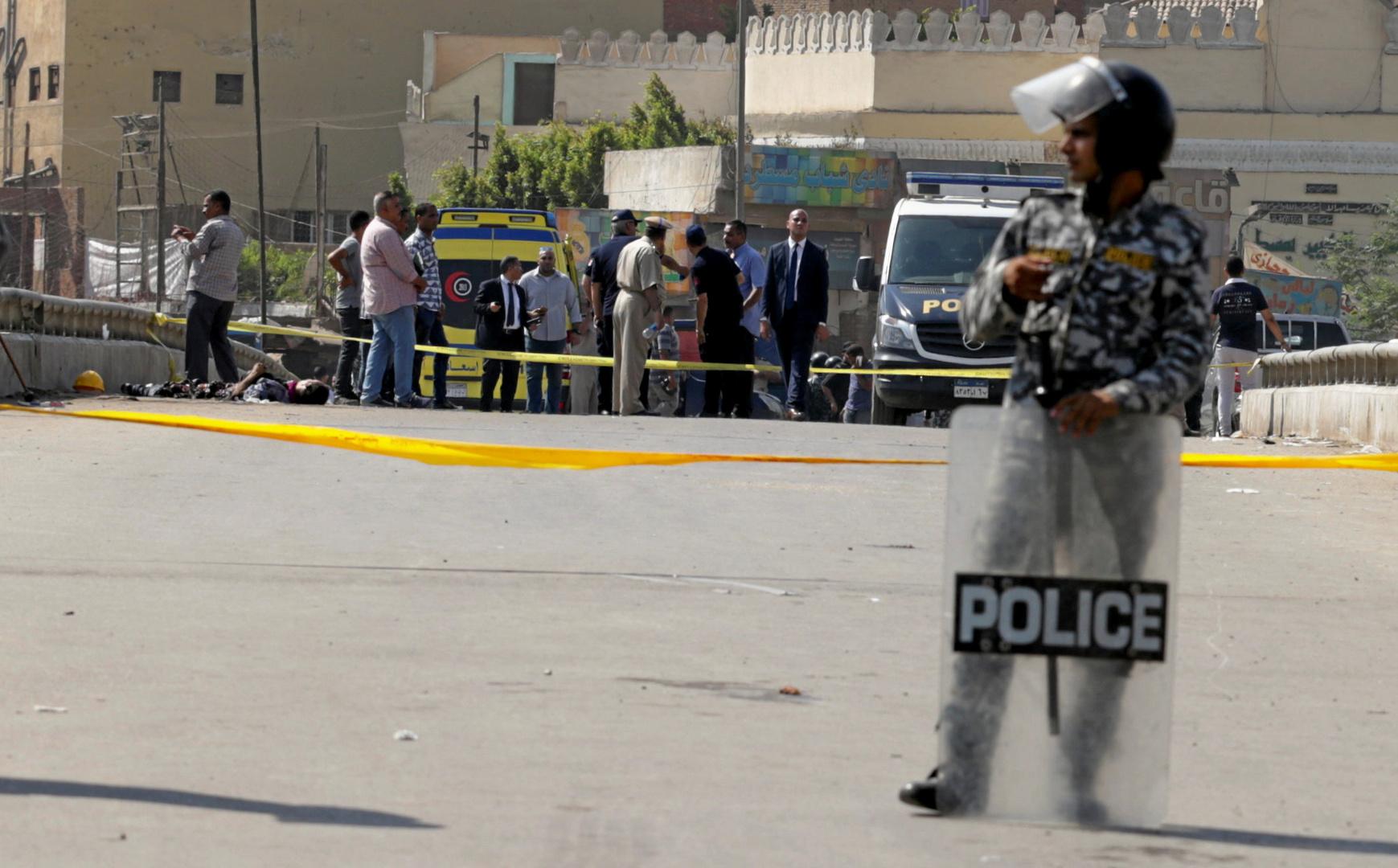 عنصر من الشرطة المصرية في القاهرة