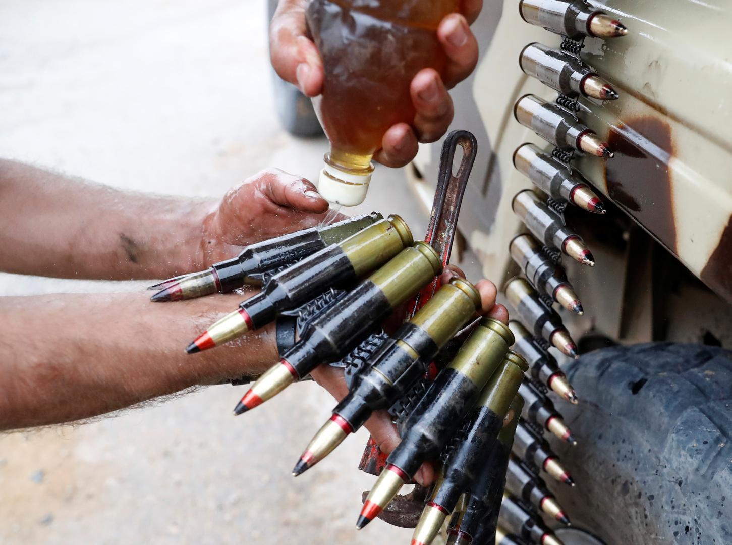 تقرير أممي يكشف عمليات نقل أسلحة ومقاتلين إلى ليبيا في خرق للحظر
