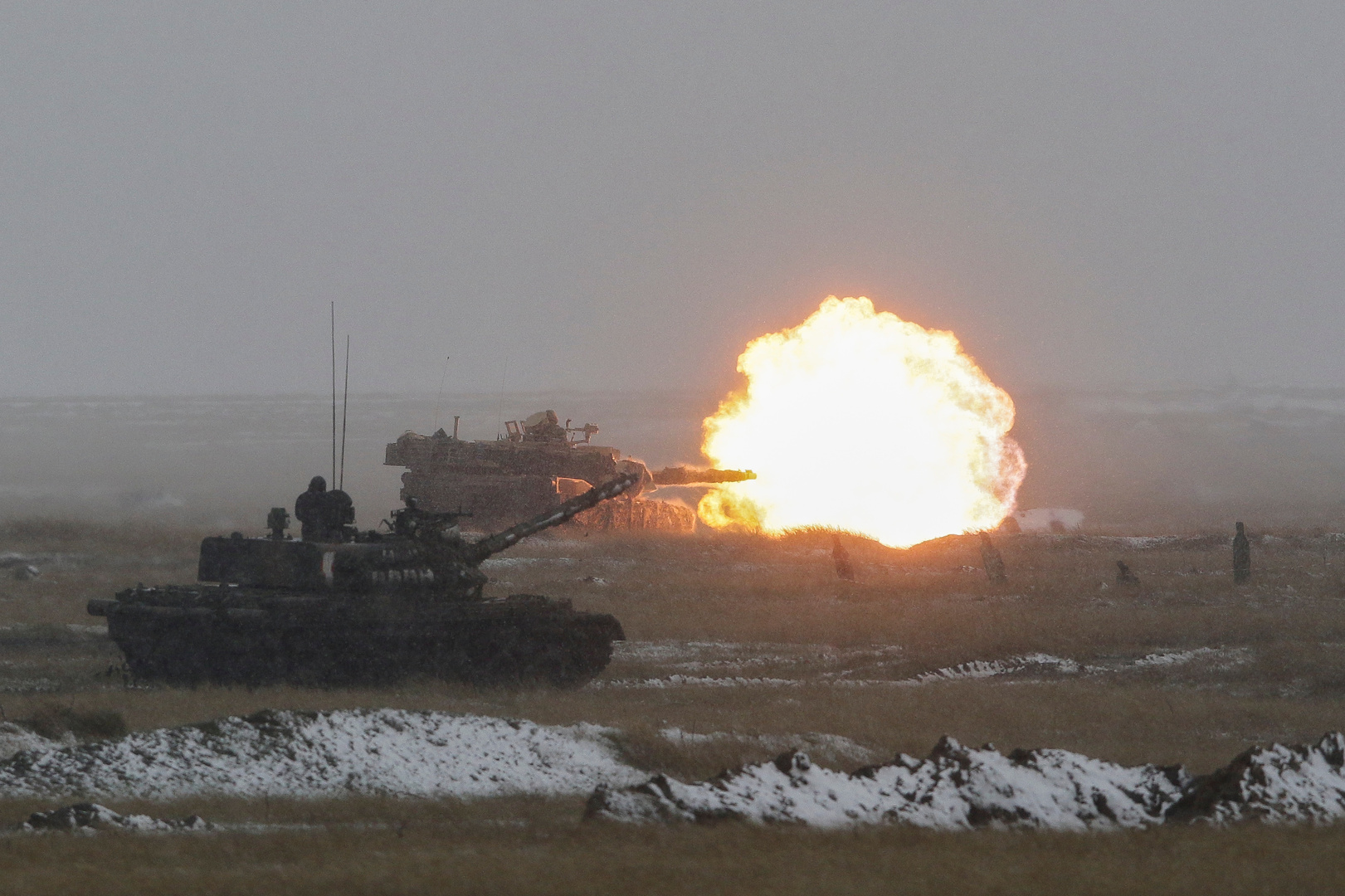 فيديو يوثق تدريبات أمريكية بالذخيرة الحية على حدود بيلاروس