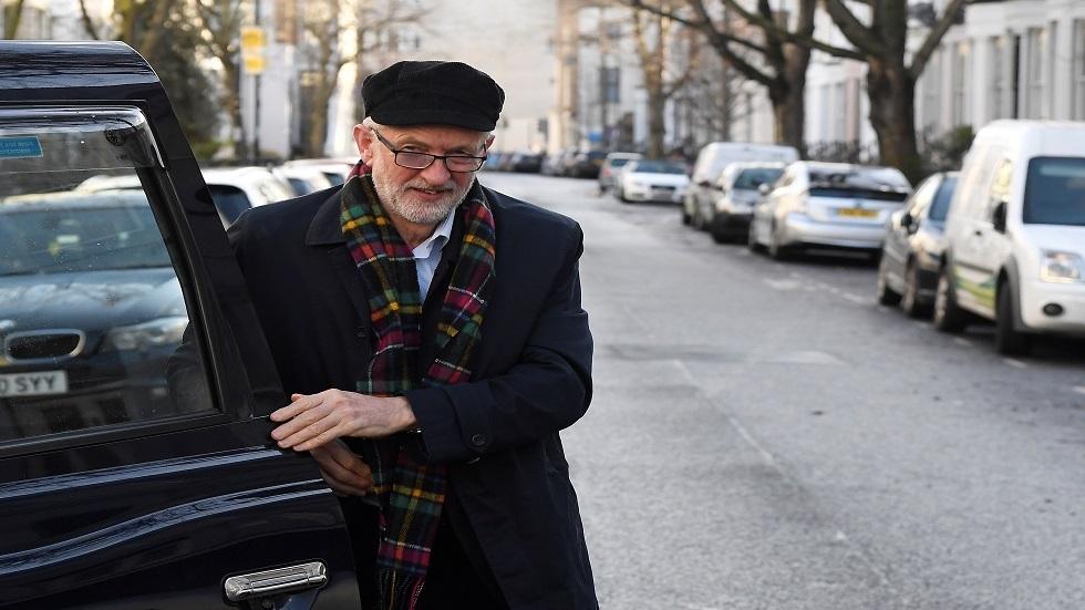 كوربين يقر بمسؤوليته عن هزيمة حزب العمال في الانتخابات البريطانية