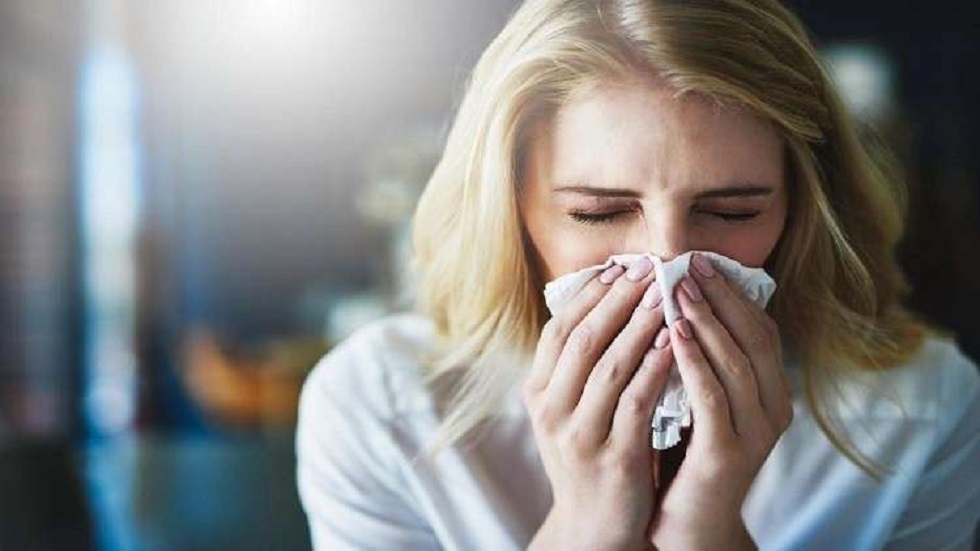 هل يمكن أن تصاب بالزكام والإنفلونزا معا؟