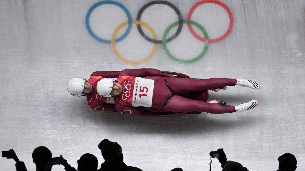 بطولة العالم للزحافات الثلجية في سوتشي رغم