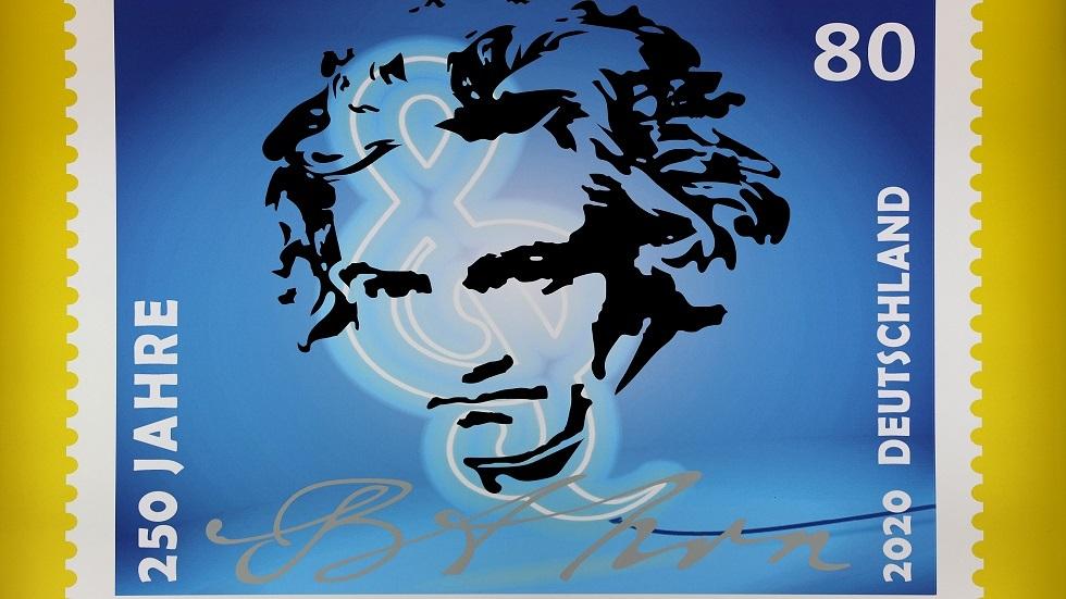 العالم يحتفل بعيد ميلاد أعظم مؤلف موسيقي