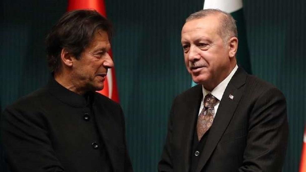 عمران خان يشكر أردوغان أمام زعماء العالم لاستضافة بلاده أكبر عدد من اللاجئين