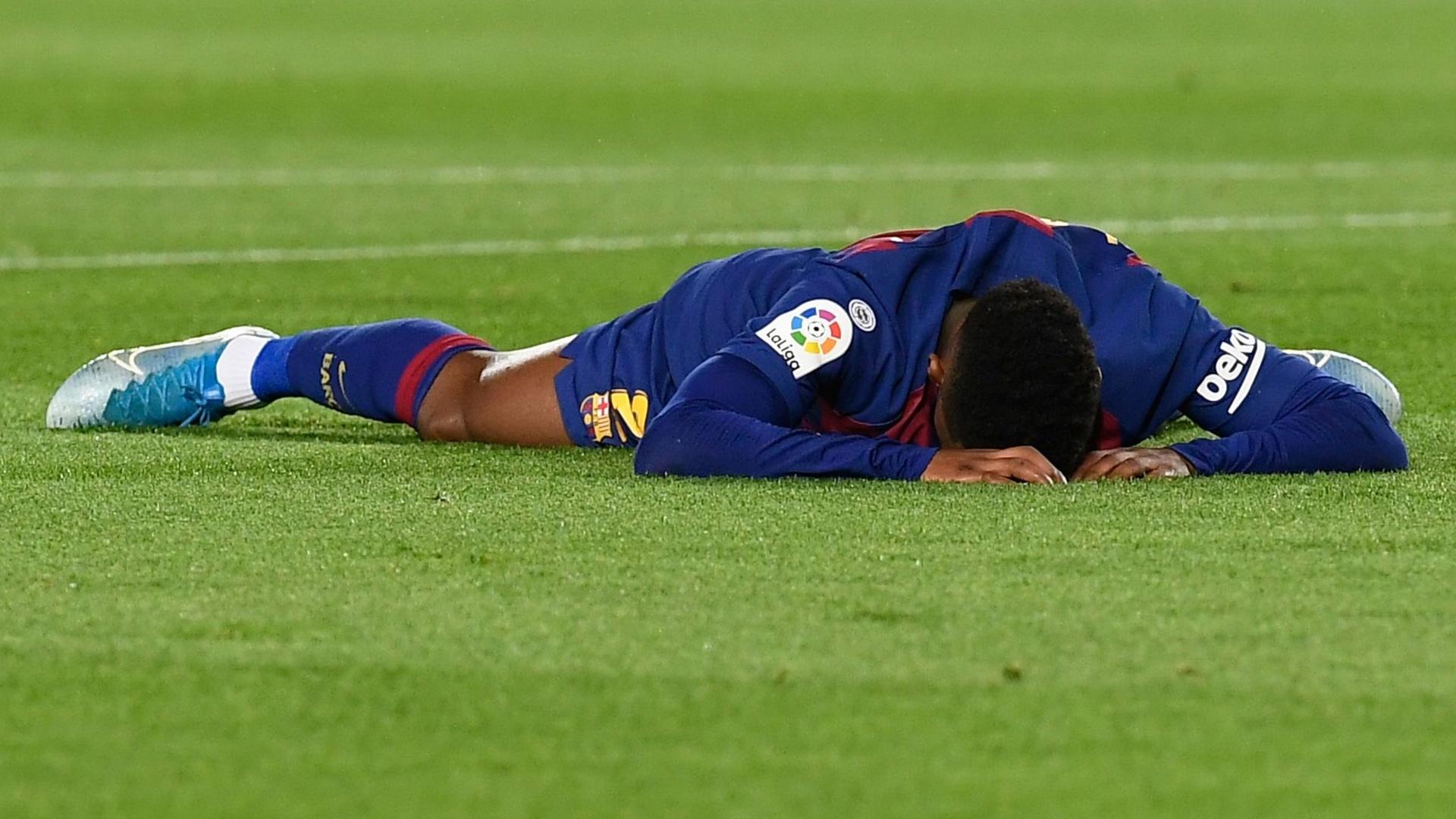 مسلسل سرقة نجوم الكرة مستمر.. والضحية مدافع برشلونة