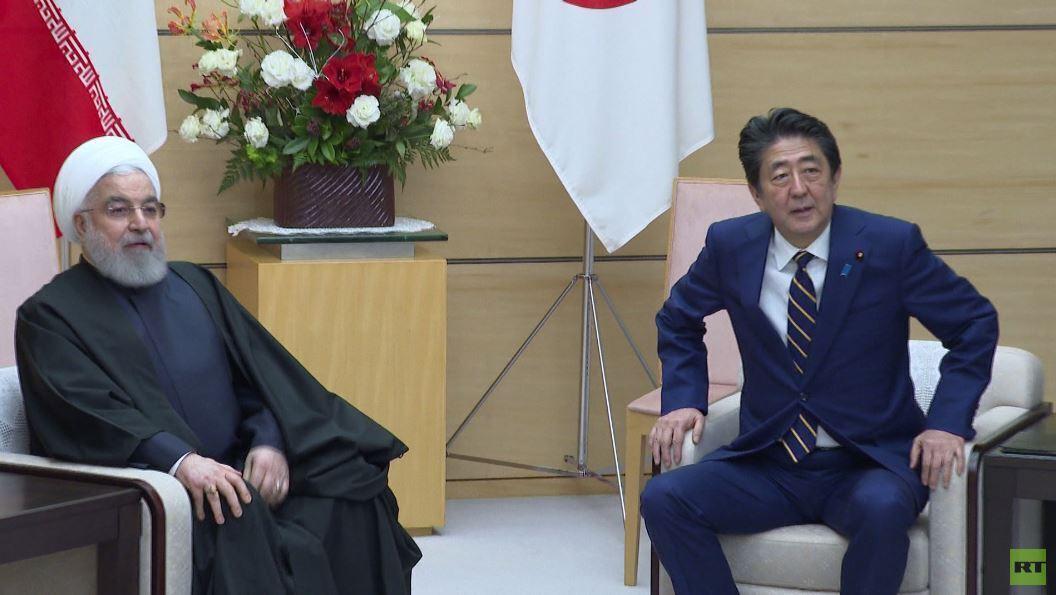 روحاني يؤكد لآبي دعم خطة طوكيو الأمنية في الخليج