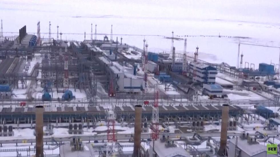 موسكو: سنتابع مشروعاتنا رغم العقوبات