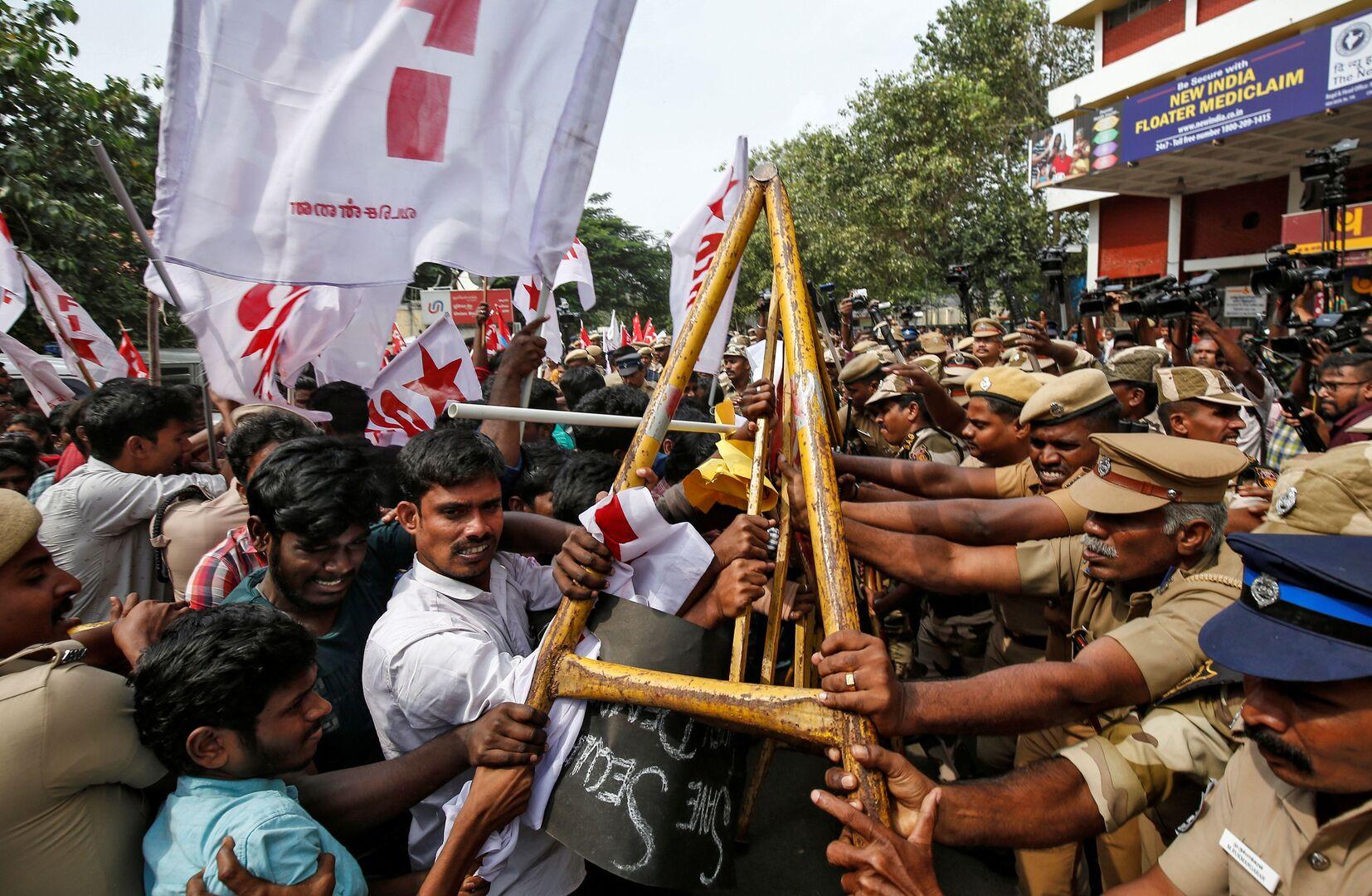 الهند.. ارتفاع حصيلة ضحايا الاحتجاجات إلى 23 قتيلا ومودي بصدد كسر صمته