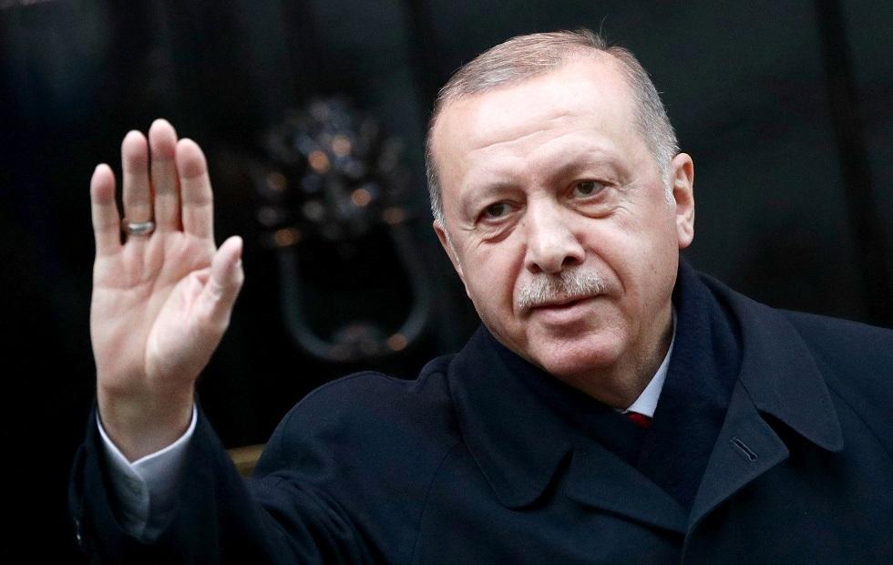 أردوغان يتعهد بإدخال غواصة جديدة الخدمة كل سنة اعتبارا من 2022