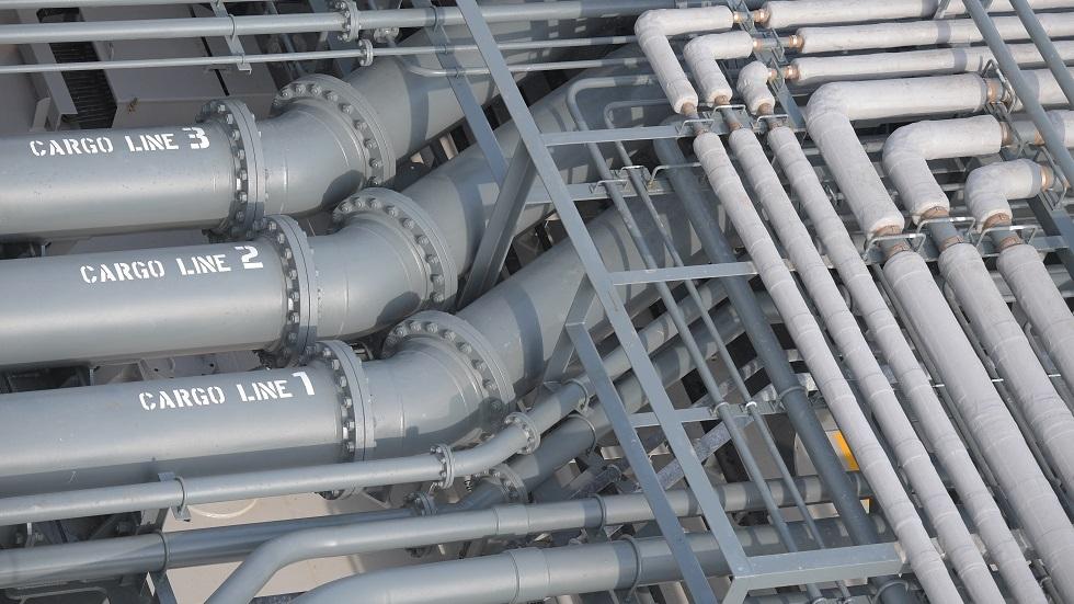 المفوضية الأوروبية تشير إلى تعاظم دور روسيا في توريد الغاز المسال إلى أوروبا